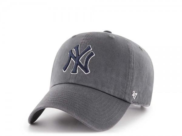 47Brand New York Yankees Clean Up Charcoal Strapback Cap
