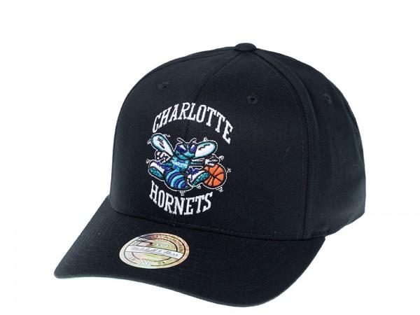 Mitchell & Ness Charlotte Hornets Simple Black 110 Flexfit Snapback Cap