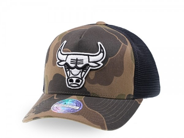 Mitchell & Ness Chicago Bulls Camo Trucker Cap